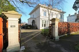Leigh House1